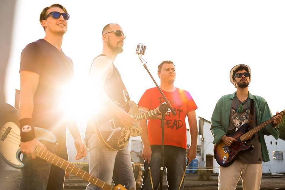 A banda Mr. Barley faz a festa no Sacra nesta sexta-feira (3)