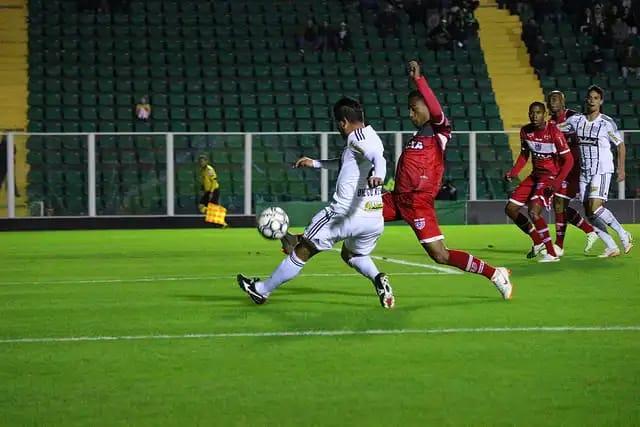 Figueirense não supera a defesa do CRB e fica no 0x0 no Scarpelli | Foto: Vinicius Nunes/Divulgaçã/FFC