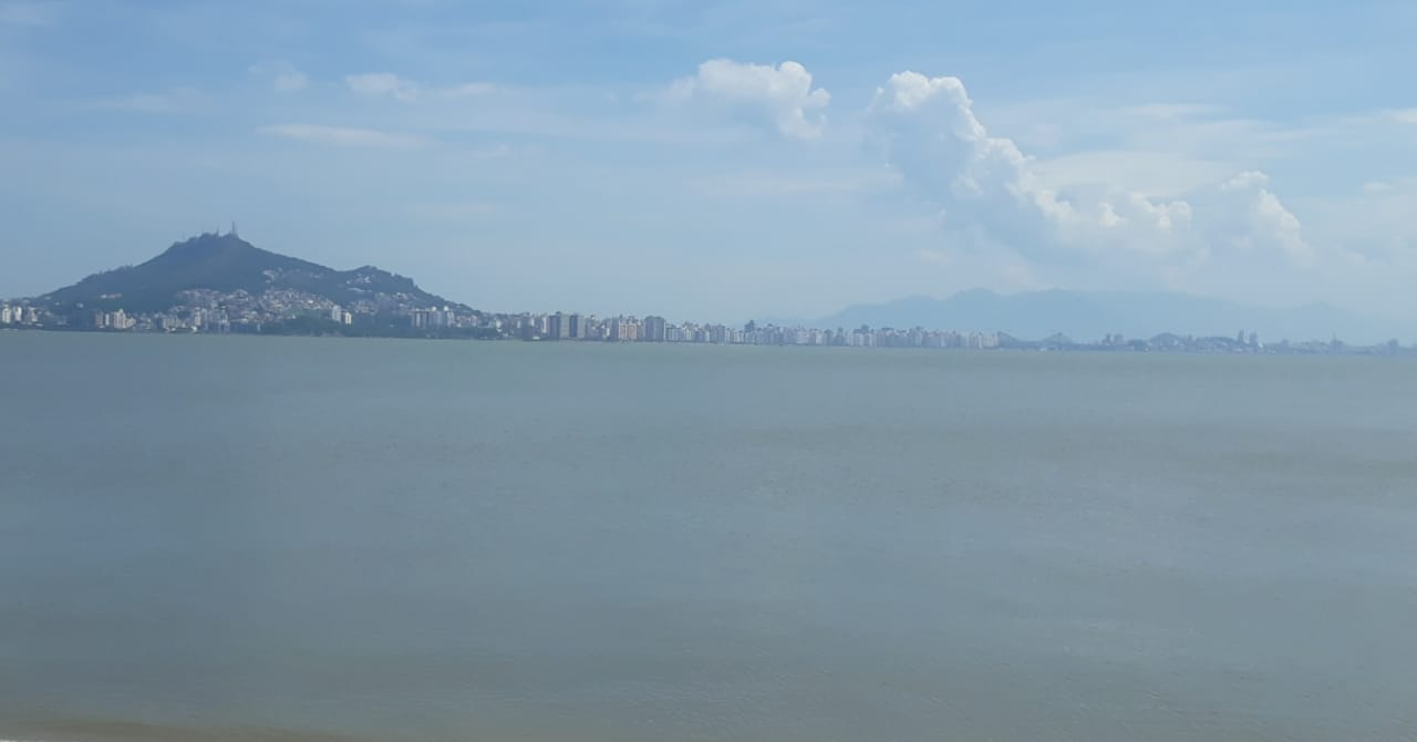 Florianópolis terá sol entre nuvens, com temperaturas amenas | Foto Ewaldo Willerding/OCPNews
