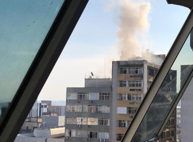 Incêndio foi em um apartamento localizado na Rua Arcipreste Paiva | Foto Divulgação