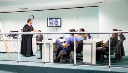 Julgamento comeou na manhã de quarta-feira (24) e foi concluído pouco depois da meia noite de quinta (25) | Foto TJSC/Divulgação