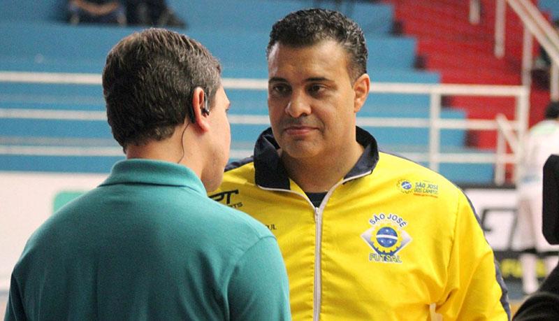 Lucas Chioro, que treinou o São José-SP no ano passado, é o novo técnico do aurinegro   Foto Brenno Domingues / Quarttus Marketing