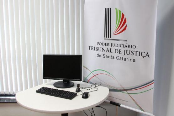 Kits de videoconferências vão reduzir condução de presos aos fóruns e economizar recursos públicos   Foto Divulgação/TJSC