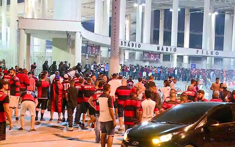 Polícia tenta impedir incidentes como na final da Copa Sul-Americana de 2017 | Foto Reprodução