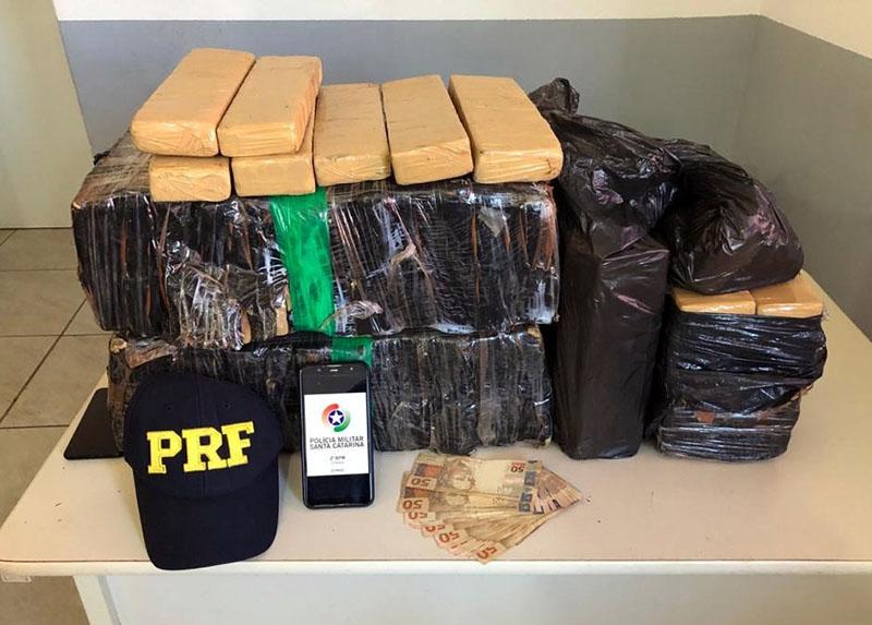 Droga foi localizada na tarde desta quarta-feira (27) | Foto: PRF/Divulgação