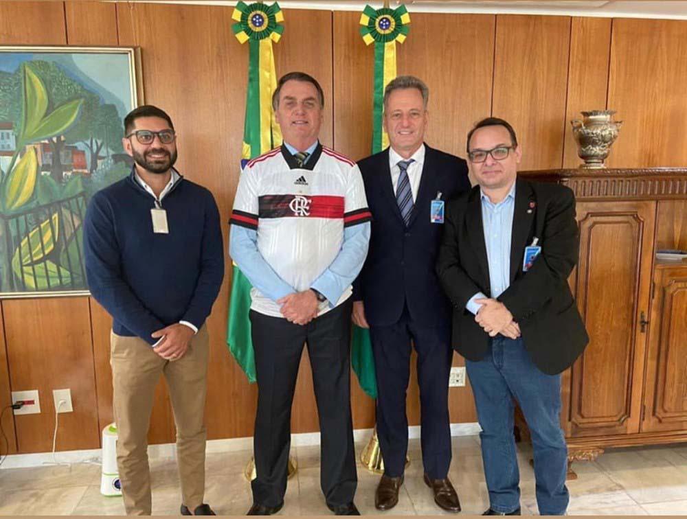 Recentemente, dirigentes do Flamengo, um dos beneficiados pelo Profut, se reuniram com o presidente Jair Bolsonaro | Foto: Divulgação