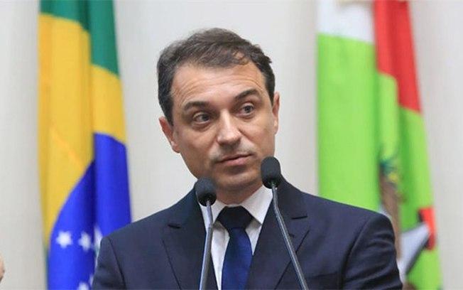 Carlos Moisés deixa o cargo temporariamente nesta terça-feira (30) | Foto Agência Brasil