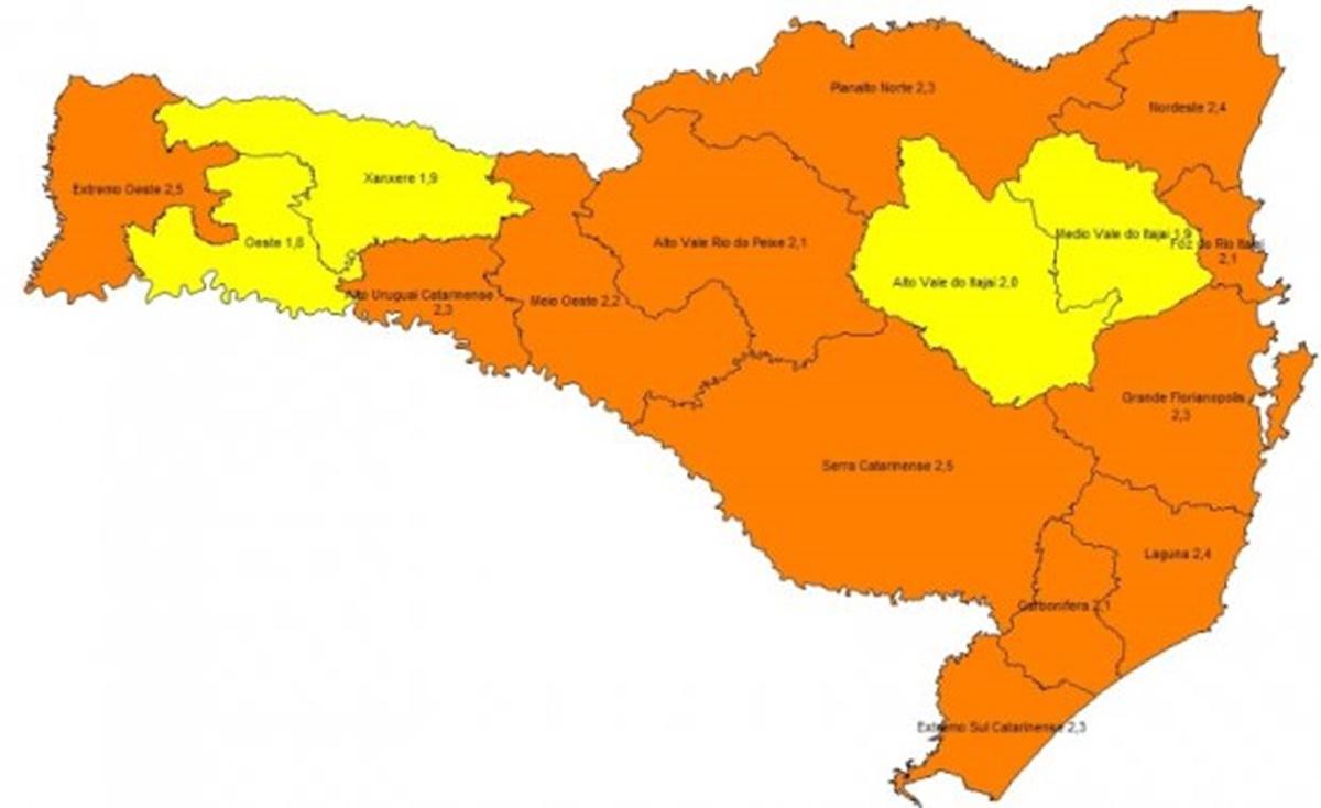 """Mapa de risco para coronavírus: SC tem 12 regiões em estado """"grave"""" e outras 4 em nível """"alto"""""""