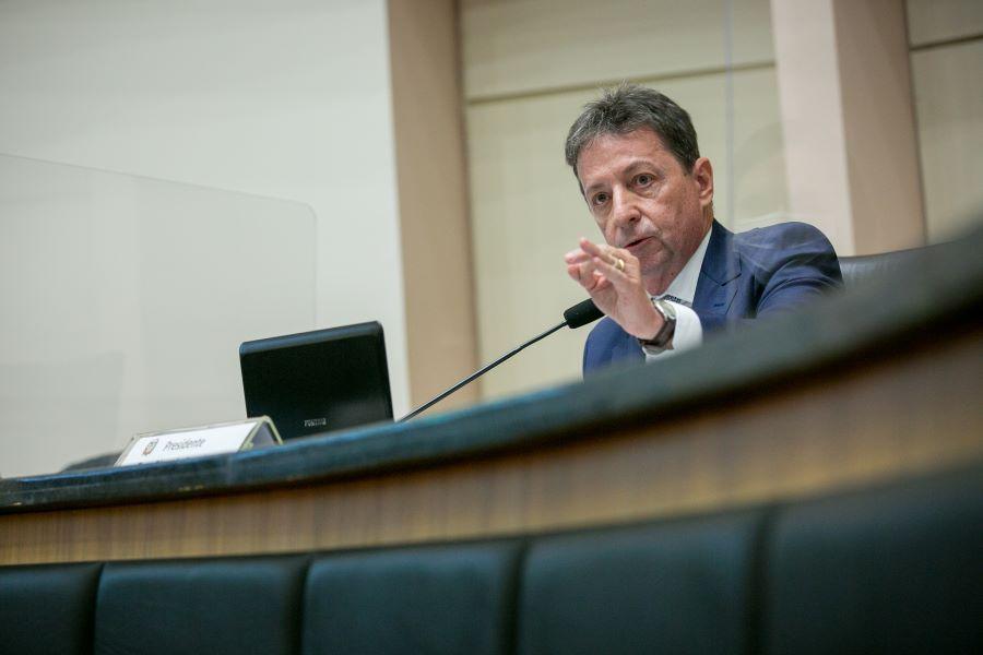 Desembargador Ricardo Roelser definiu data de julgamento de Carlos Moisés | Foto Agência AL