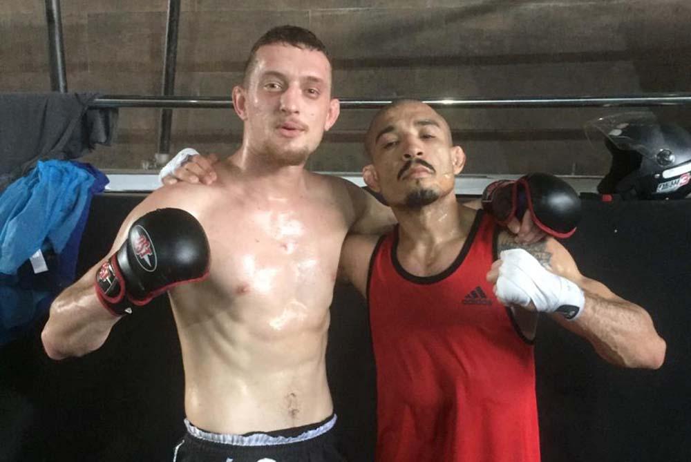 Durante quase um mês, Leandro da Veiga (E) treinou com grandes nomes do MMA, como José Aldo | Foto: Arquivo Pessoal