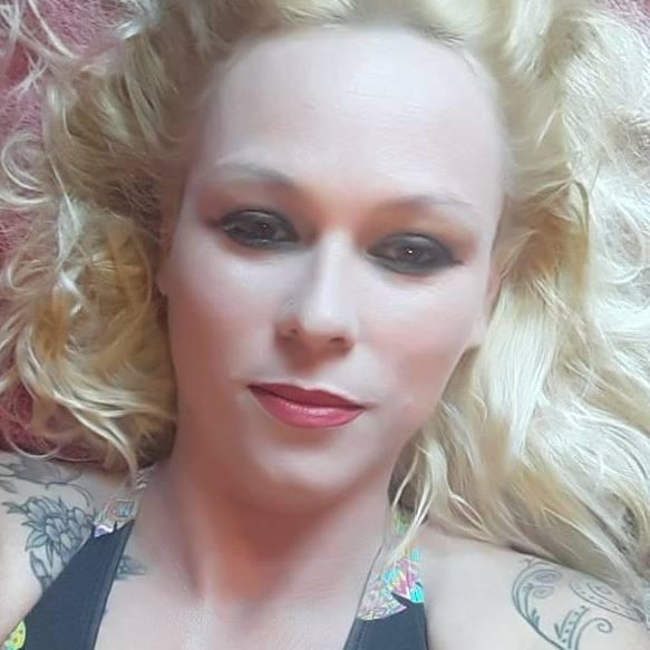 Larice foi alvejada duas vezes e não resistiu aos ferimentos | Foto: Reprodução/Facebook