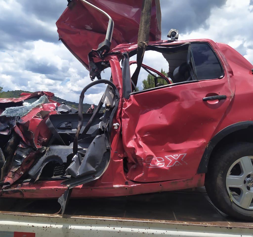 Condutor do Crossfox morreu no local | Foto: PRF/Divulgação
