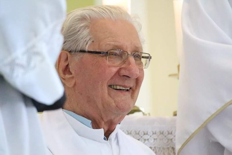 Governo de Içara decreta luto após morte do padre Silvestre Junkes