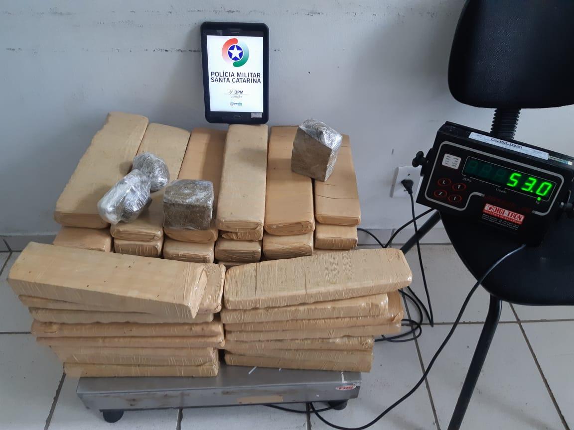 Policiais apreenderam 52,9 quilos de maconha   Foto: Polícia Civil/Divulgação